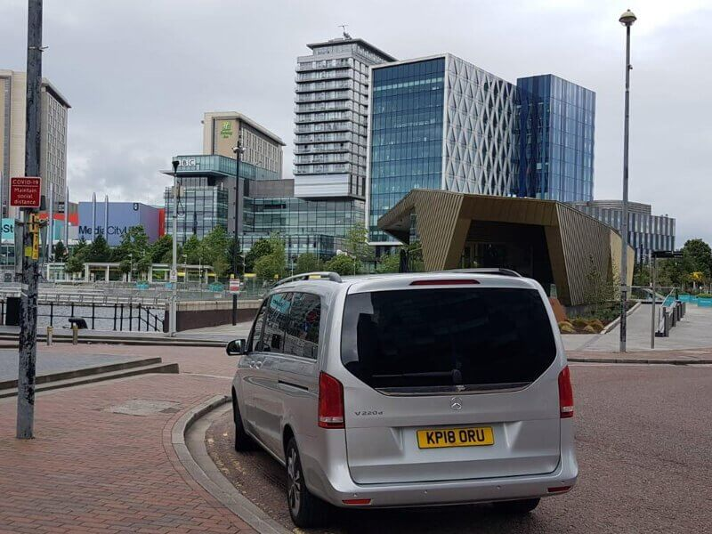 Reasons why you should choose Manchester Airport Taxi Service
