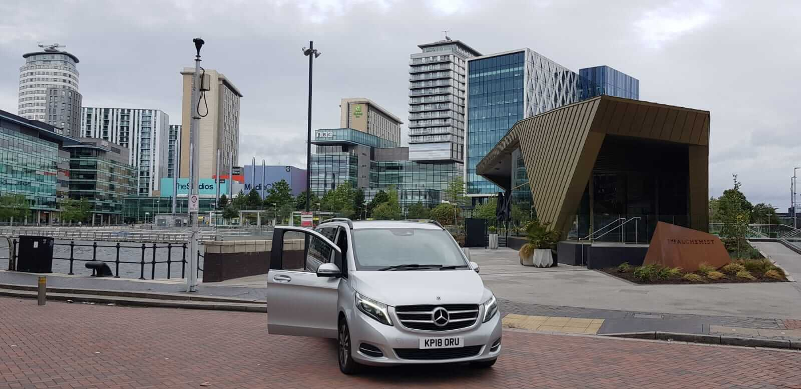 private airport taxis